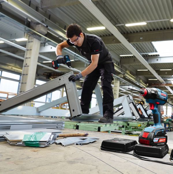 chargeur outils bosch