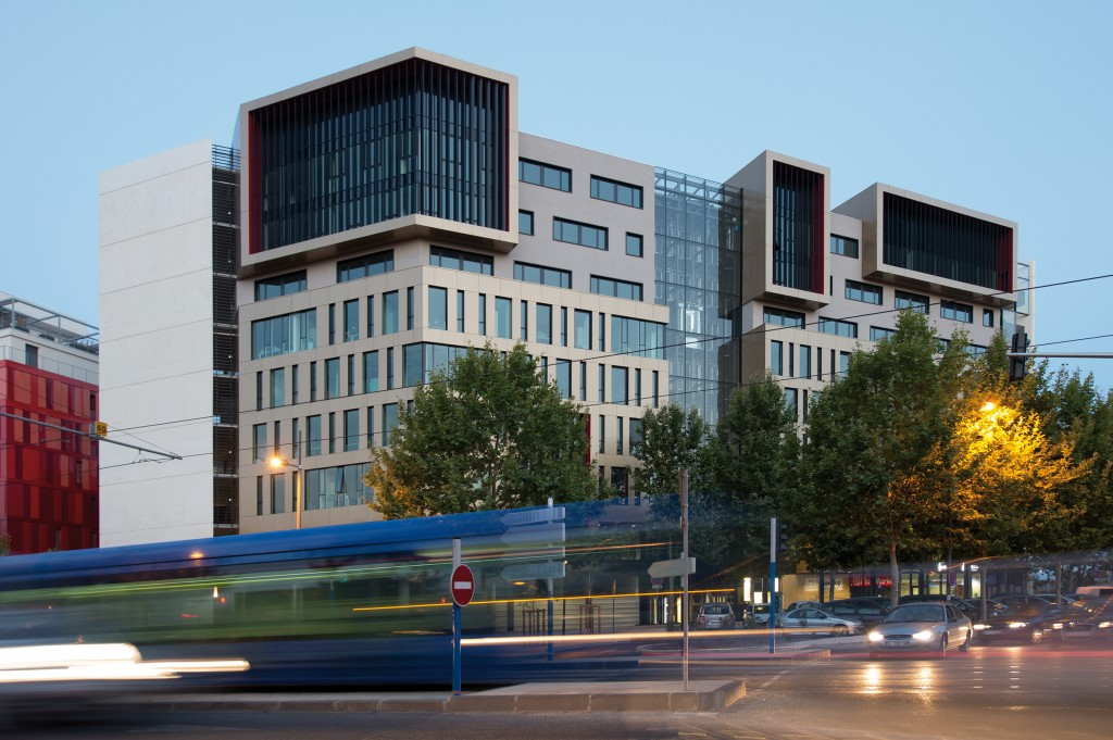 Oz'one, premier, bâtiment, tertiaire, labellisé, BBC, Montpellier