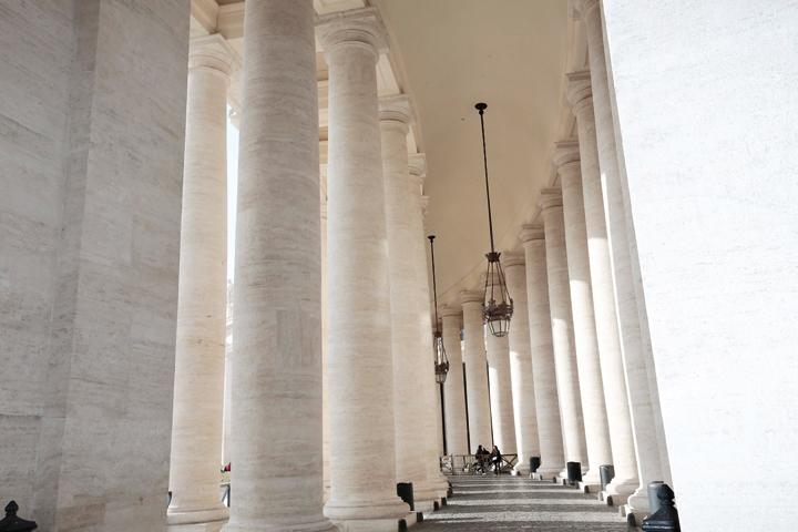 État des colonnes après intervention des restaurateurs et application du produit de protection. Photo: Guard Industrie