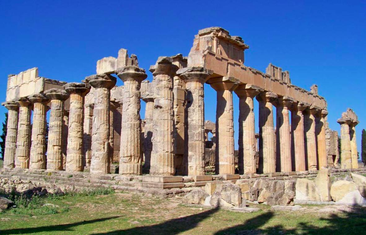Vue de l'angle sud-ouest du temple de Zeus, Cyrène © Loïc Mazou/Mission Archéologique Française de Libye