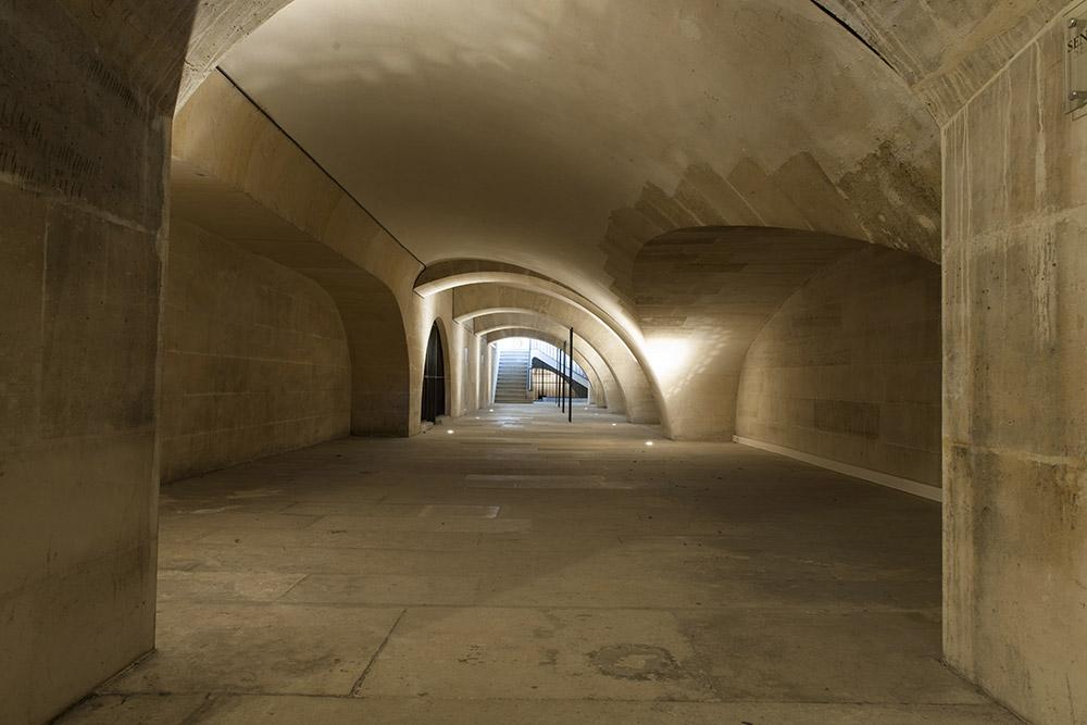 Pantheon-galeries-d-acces-aux-tribunes-Benjamin-Gavaudo---Centre-des-monuments-nationaux