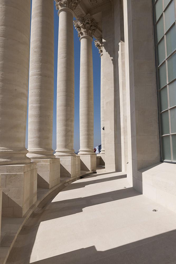 Pantheon-peristyle-du-tambour-du-dome-Benjamin-Gavaudo---Centre-des-monuments-nationaux