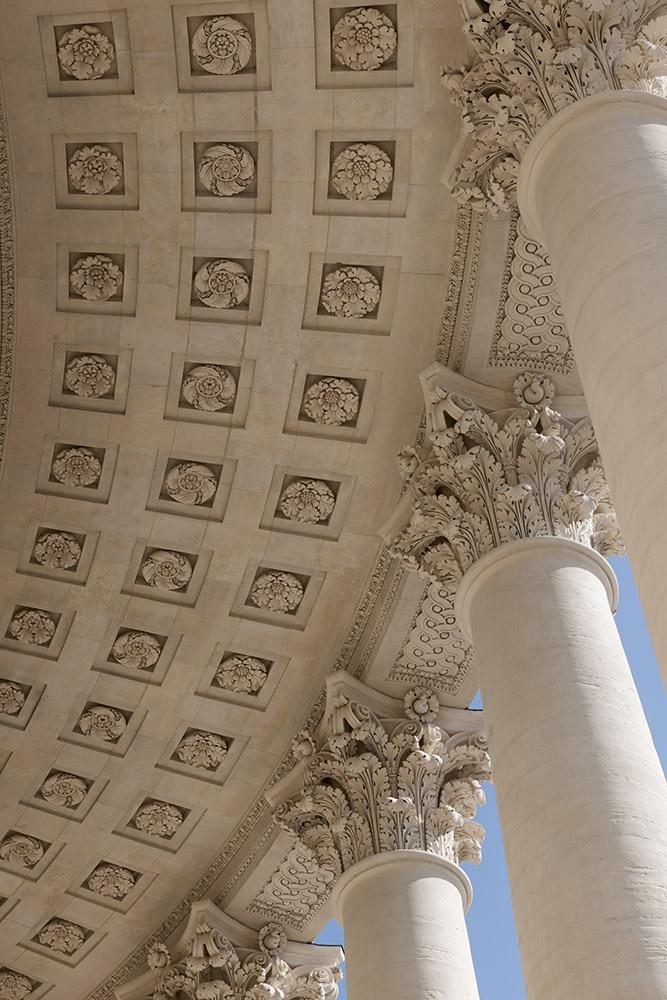 Pantheon-peristyle-du-tambour-du-plafond-caissons-Benjamin-Gavaudo-Centre-des-monuments-nationaux