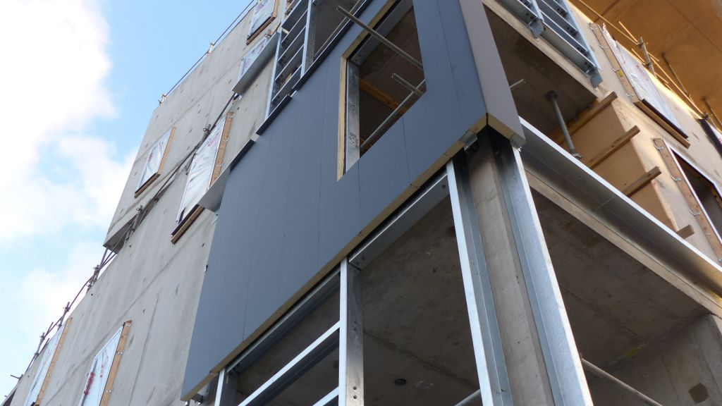 premiere-isolation-thermique-par-l-exterieur-d-un-batiment-labellise-passivhaus-pour-myral-_215T1