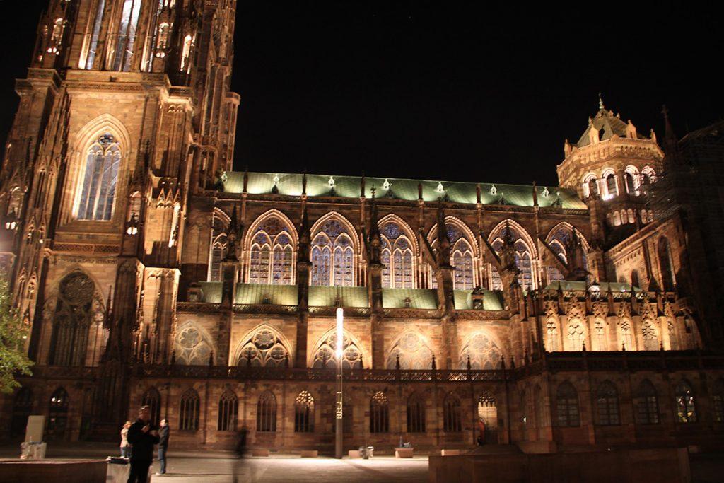 cathedrale-notre-dame-strasbourg-france-mise-en-lumiere-perenne-conception-lumiere-l-acte-lumiere-vincent-laganier-8