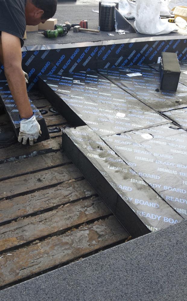 batijournal une toiture terrasse en bac acier r habilit e. Black Bedroom Furniture Sets. Home Design Ideas