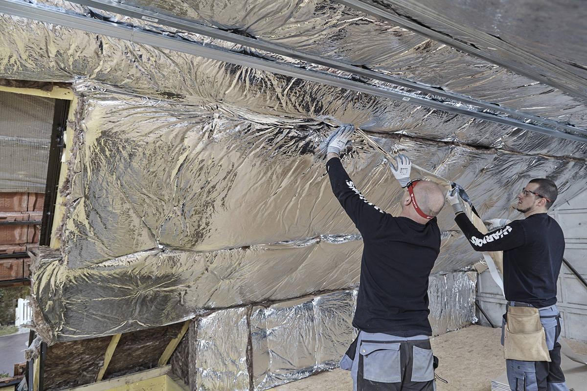 Batijournal isolation thermique renforc e dans les combles for Isolation dans les combles