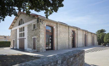 Mouans-Sartoux-batiment-industriel-rehabilite-en-centre-associatif
