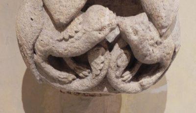 statues-colonnes de la cathedrale de Chartres