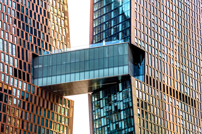 Glas Troesch-Skybridge ACB New York