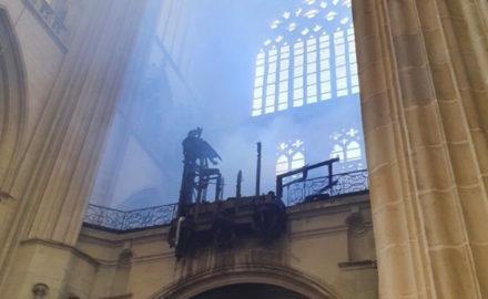 incendie-cathedrale-de-nantes-interieur-c-pere-francois-renaud
